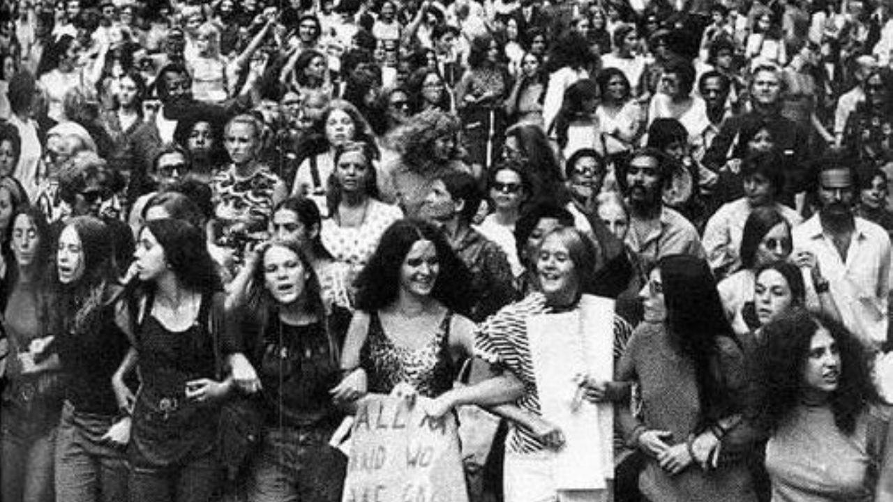 8 Mart Dünya Kadınlar Günü Nasıl Ortaya Çıktı!!