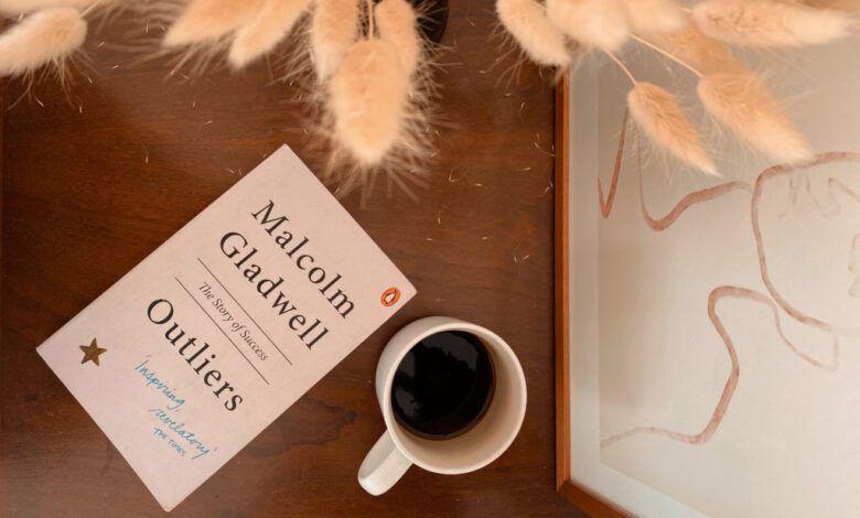 Outliers (Çizginin Dışındakiler) – Malcolm Gladwell