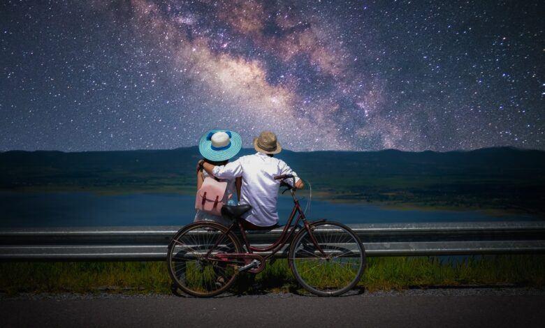 Sevgi Duvarı Şiiri - Can Yücel