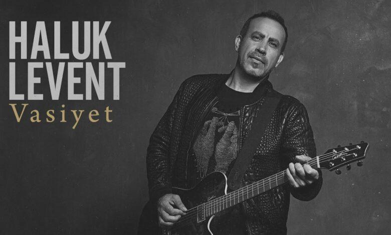 Haluk Levent & Cem Adrian - Şifa İstemem Balından Şarkı Sözleri