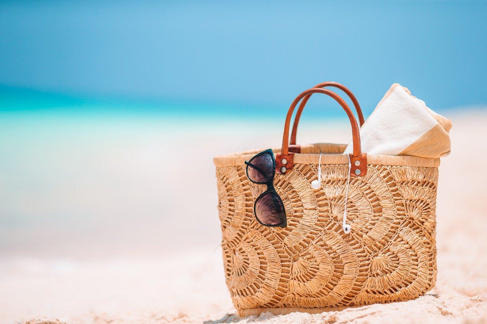 Hasır Çantalar