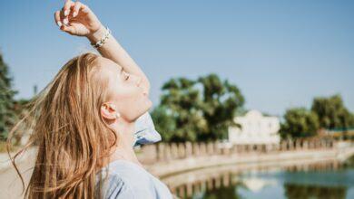 Yaz Sıcaklarının Saç Sağlığına Etkisi